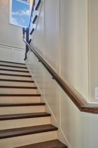 413 Paloma pic 11 staircase